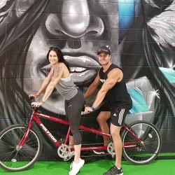 laura-descy-tandem-bike